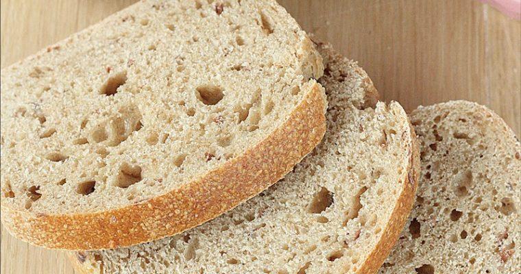 Pane a lievitazione naturale con okara di mandorle