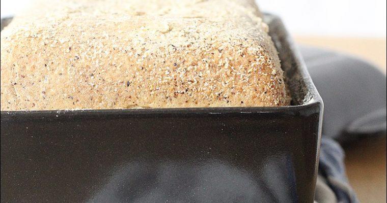 Pane di grano saraceno e canapa