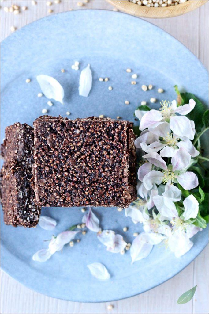 Barrette vegane di quinoa e cioccolato