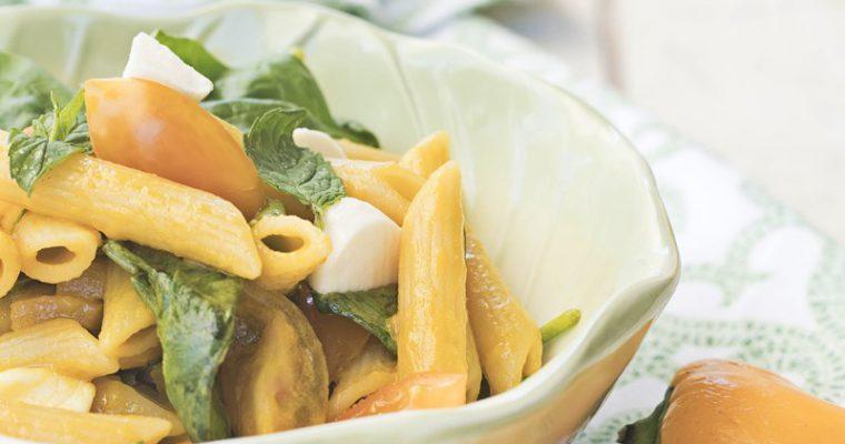 Insalata di pasta con crudaiola e mozzarella