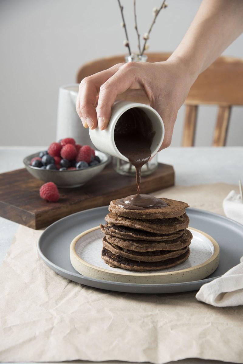 pancakes vegani con crema al cioccolato