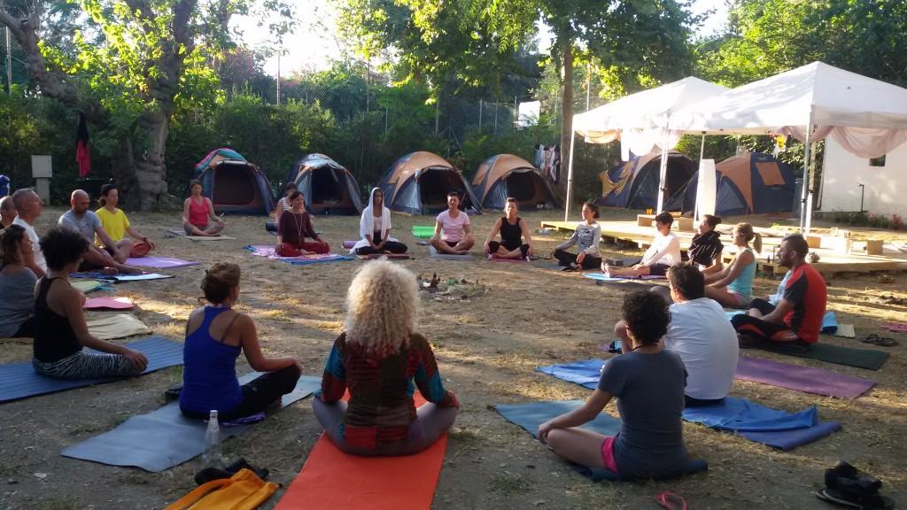 almaluna yoga e vacanze