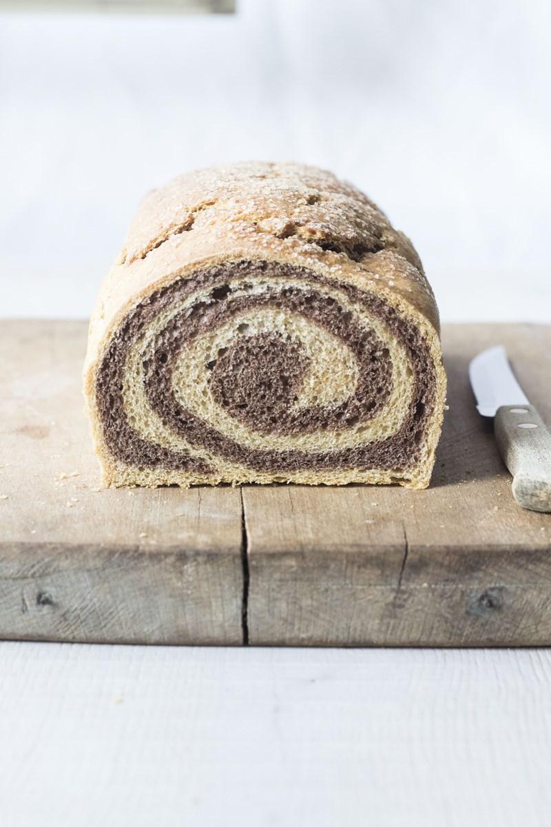 pan brioche bicolore alla zucca e cacao