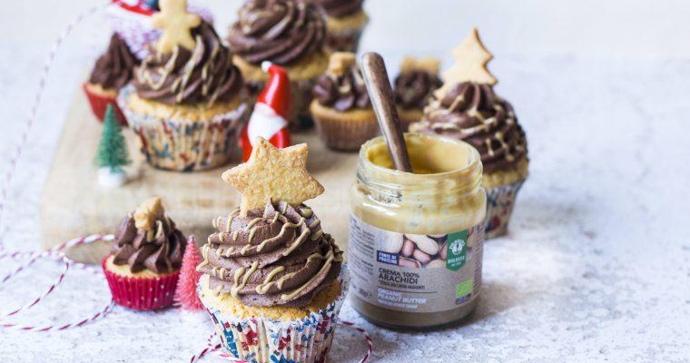 Cupcakes di Natale al Cioccolato e Burro di Arachidi