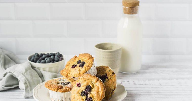 Muffins facilissimi ai mirtilli e limone con crumble