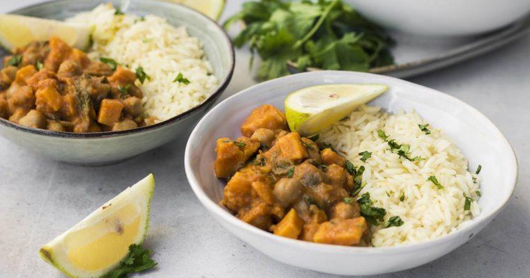 Curry Vegano di Ceci, Spinaci e Riso Basmati